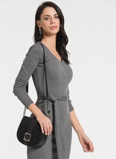 Styletag Kemerli V Yaka Elbise Gri